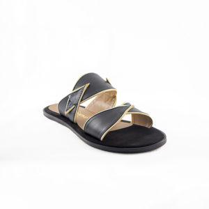 sandy-noir-sandale-plate